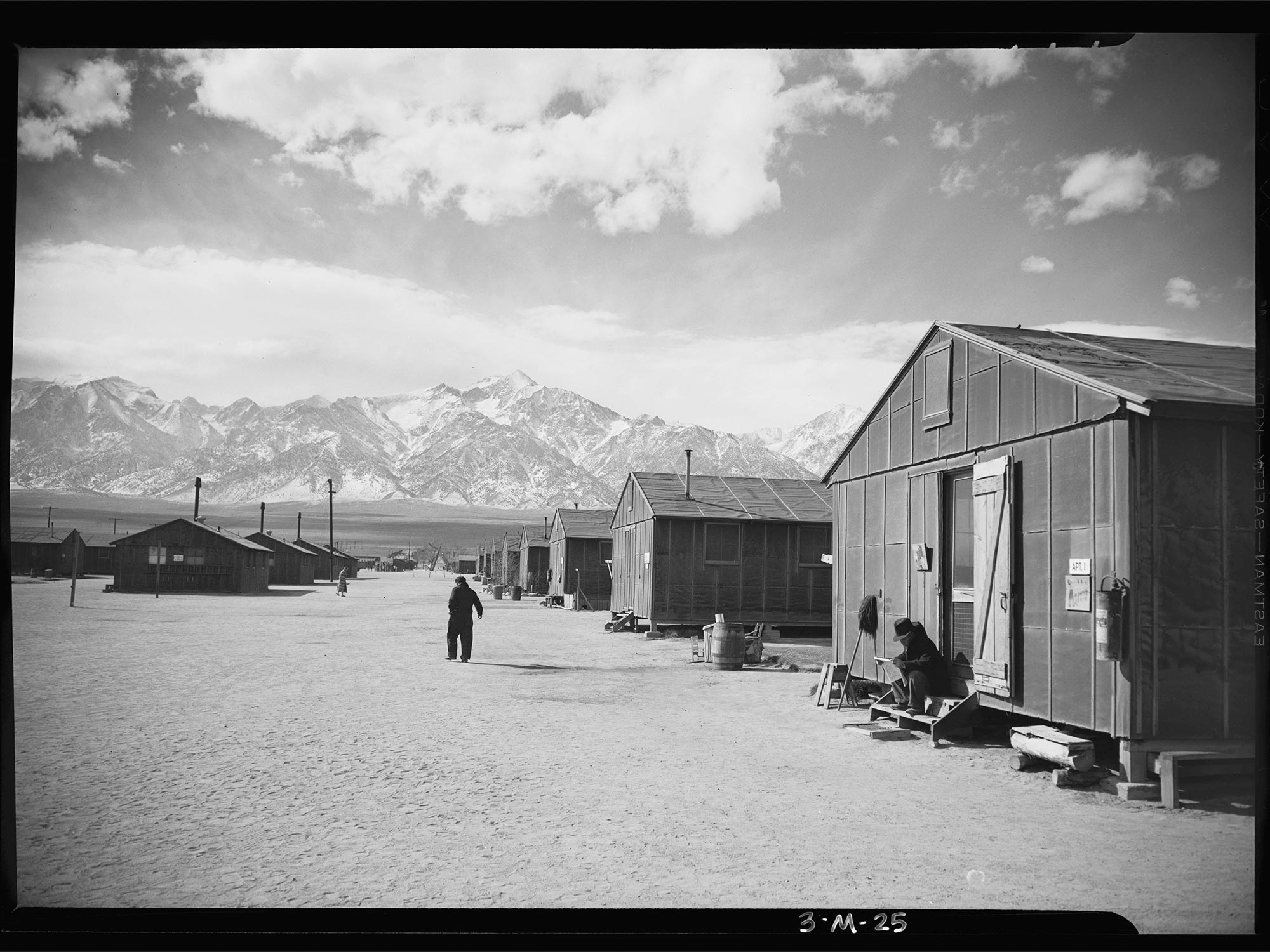 internment of japanese canadian From wikipedia, the free encyclopedia japanese canadian internment refers to the confinement of japanese canadians in british columbia during world war ii.